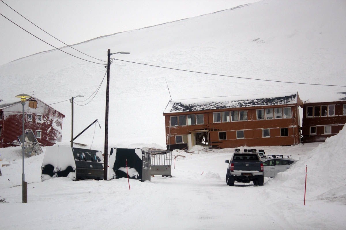 AVALANCHE UPDATE: Many residents allowed to return home Wednesday night; evacuation of homes closest to mountainside continues indefinitely