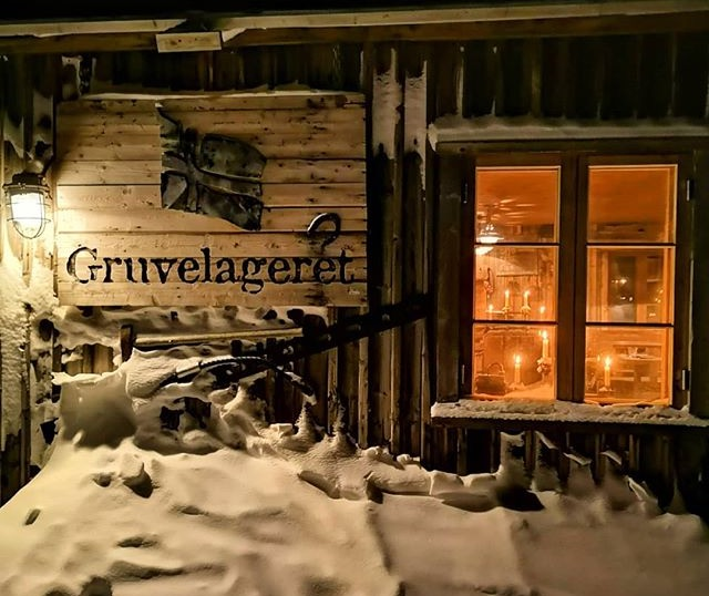 EVACUATION ALERT: Gruvelageret, nearby buildings vacated due to avalanche risk, Huset remains open