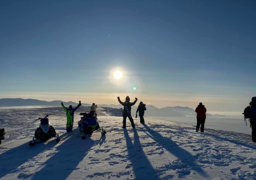 """CORONAVIRUS UPDATES FOR SVALBARD FOR THURSDAY: Quarantine for locals arriving from mainland extended until April 10, """"digital' community meeting tonight and more"""