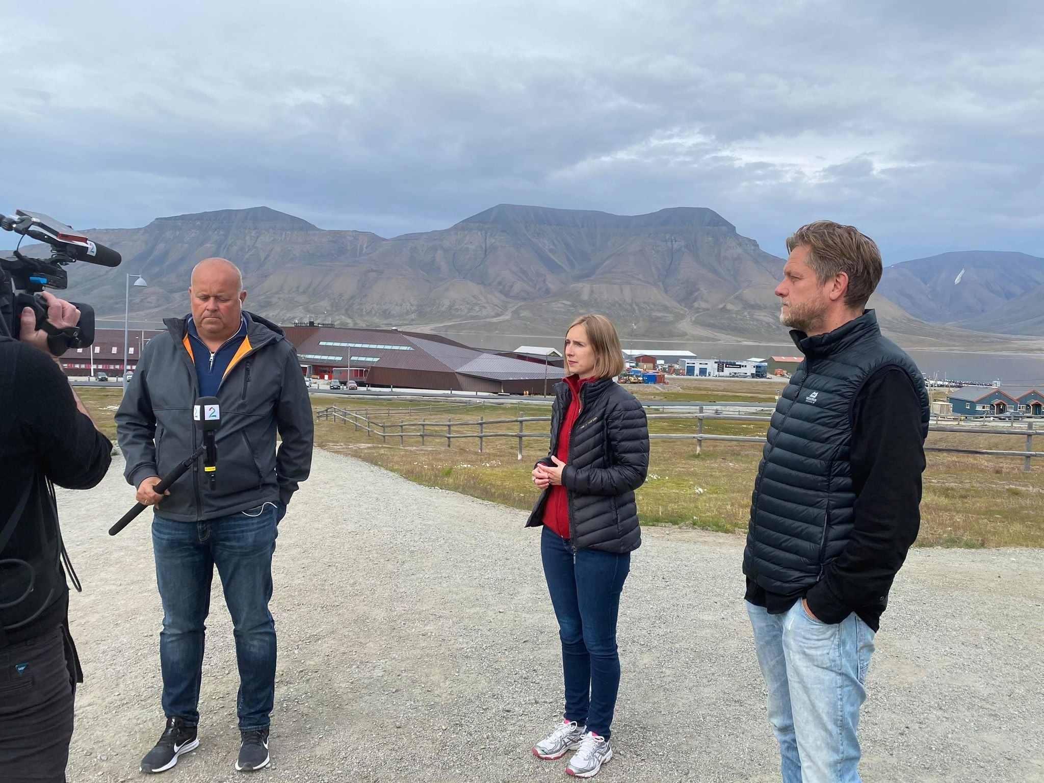LOTS OF HELP – BUT TOO LATE FOR SOME? Government proposing 25M kr. in COVID-19 aid for tourism companies in Svalbard, but some said this summer help needed before fall
