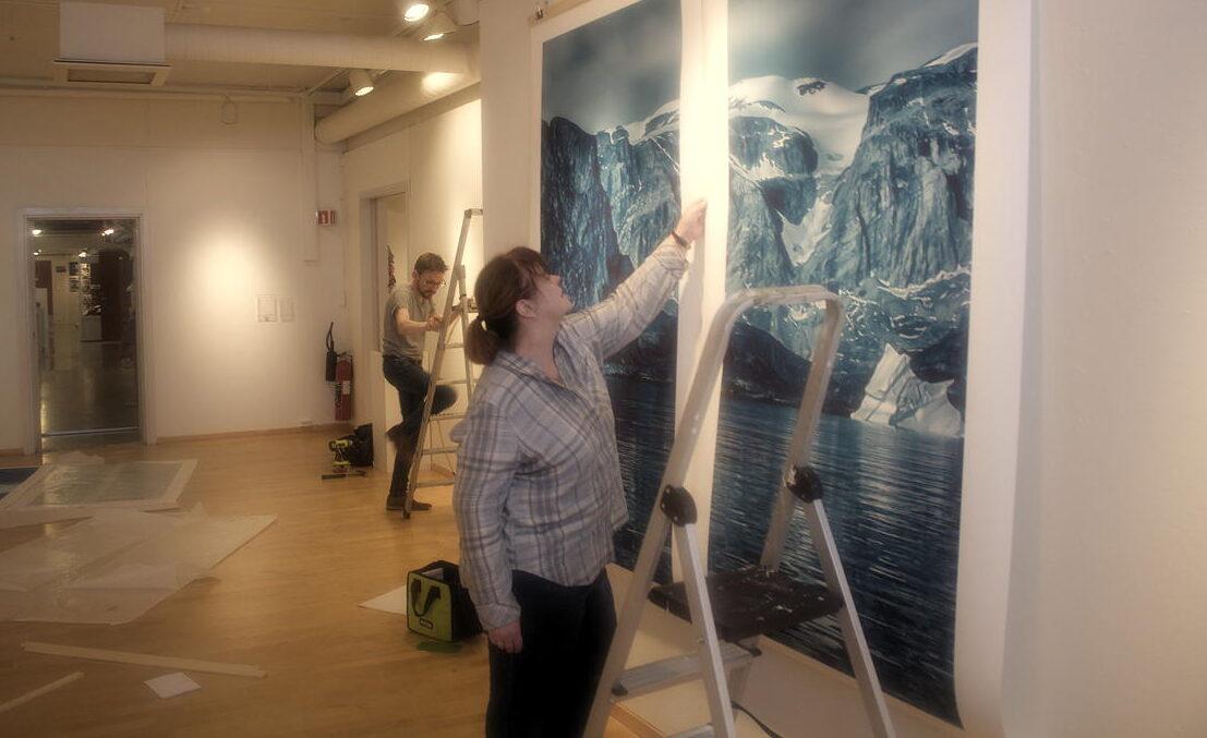 BOURNE AGAIN: New Svalbard Spitsbergen Kunstnersenteret/ Artists Center debuts opening event Monday as artist Elizabeth Bourne takes over former Galleri Svalbard building